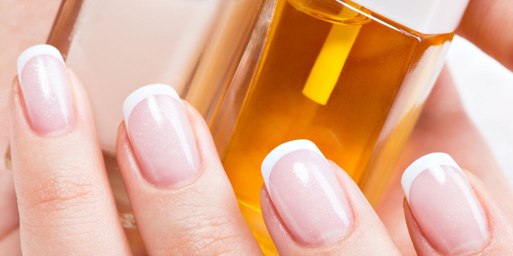 CBD Oil for Healthy Shining Nails